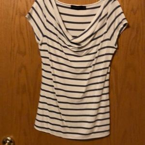 Gray striped tee